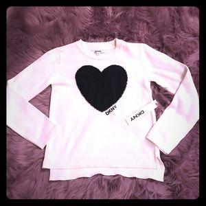 🆕DKNY black fuzzy heart 🖤sweater 🖤 kids M or L